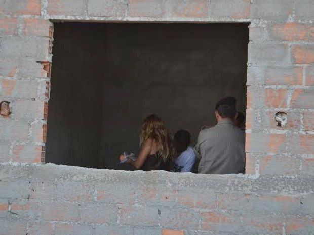 Menina é encontrada morta com sinais de estupro em obra de Catalão, Goiás (Foto: Thiago Silva/Diante do Fato)