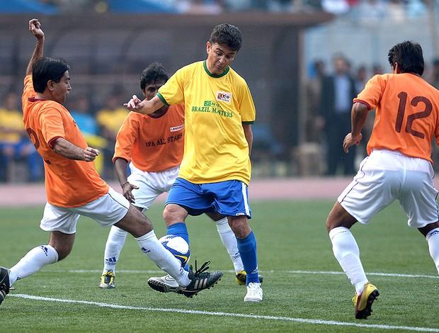 Bebeto jogo Brasil Masters Índia  (Foto: AFP)