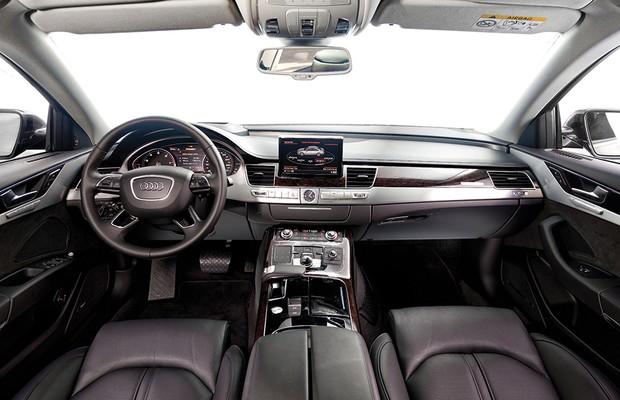 Audi A8 L (Foto: Leo Sposito / Autoesporte)
