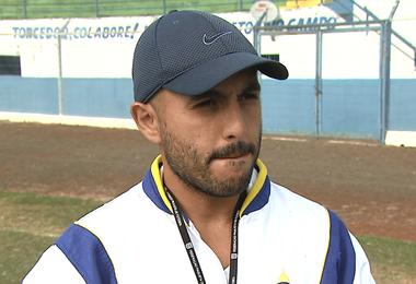 Rafael Guanaes, técnico do São Carlos  (Foto: Marlon Tavoni/EPTV)