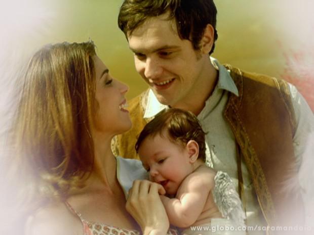 Gibão e Marcina também têm um filho com asas  (Foto: TV Globo/ Saramandaia)