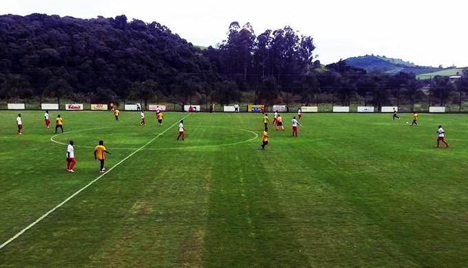 """Tricordiano venceu a """"Seleção"""" de Varginha por 2 a 0 (Foto: Divulgação)"""