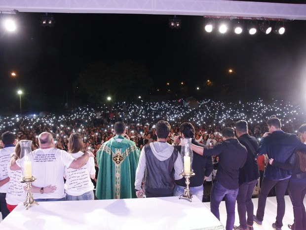 Missa de 7º dia de Cristiano Araújo (Foto: Fotos: Evandro José/EGO)