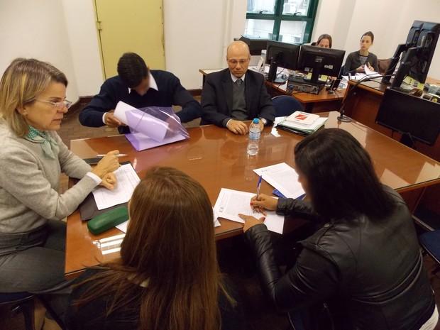 Audiência de conciliação do novo CPC termina em acordo no Fórum João Mendes, centro de SP; fase passou a ser obrigatória e pode evitar espera de meses ou anos pela sentença do juiz (Foto: Rosanne D'Agostino/G1)