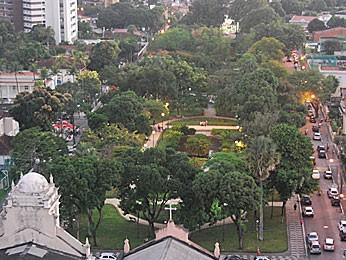 Praça de Casa Forte (Foto: Vanessa Bahé / G1)