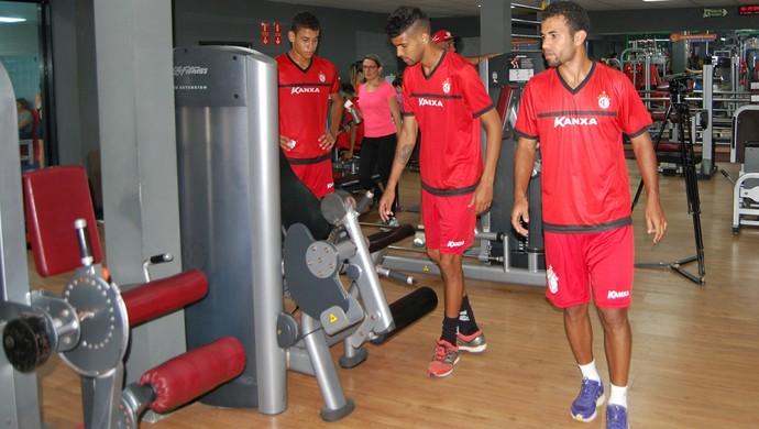 campinense, treino, academia (Foto: Iago Bruno / GloboEsporte.com/pb)
