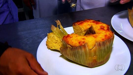 Confira a receita do bolo de pamonha servido em panificadora de Goiás