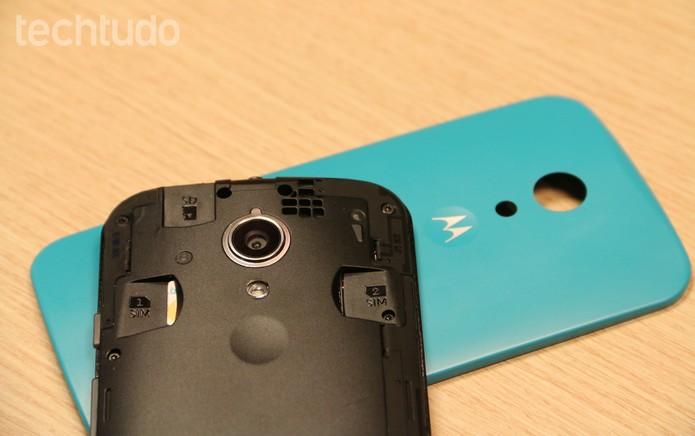 Novo Moto G tem capinhas que podem ser trocadas (Foto: Isadora Díaz/TechTudo)