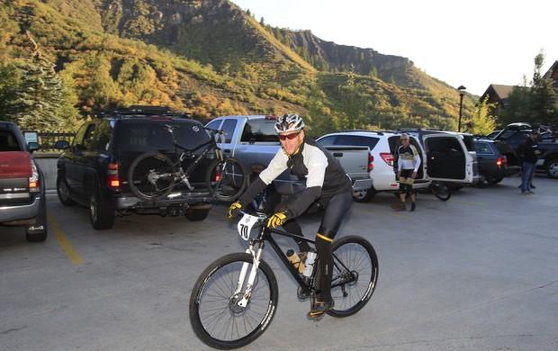 Ciclismo Lance Armstrong prova de mountain bike no Colorado (Foto: Reuters)
