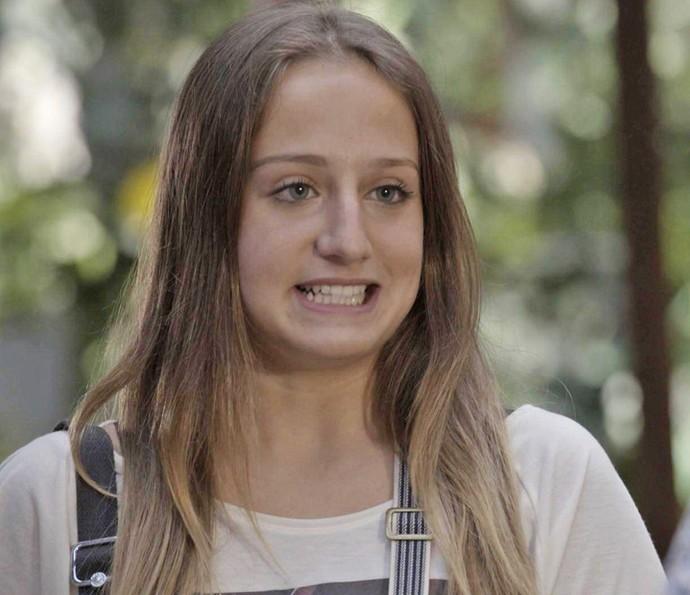 A estudante conta que Felipe esteve na vila procurando a faxineira (Foto: TV Globo)