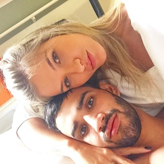Andressa acompanha Gusttavo Lima no hospital (Foto: Reprodução/Instagram)