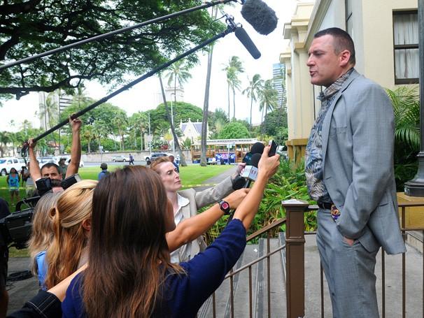 Hawaii Five-0 - E Vince Fryer continua sua investigação interna contra Kono (Foto: Divulgação / CBS)