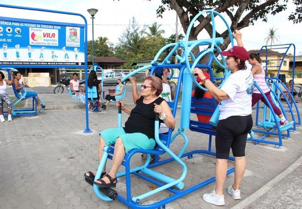 Programa da Prefeitura de Vila Velha incentiva atividades físicas para idosos no Espírito Santo (Foto: Divulgação/SECOM ES)