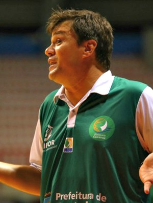 Espiga, técnico do Basquete Cearense (Foto: Luiz Pires/LNB)