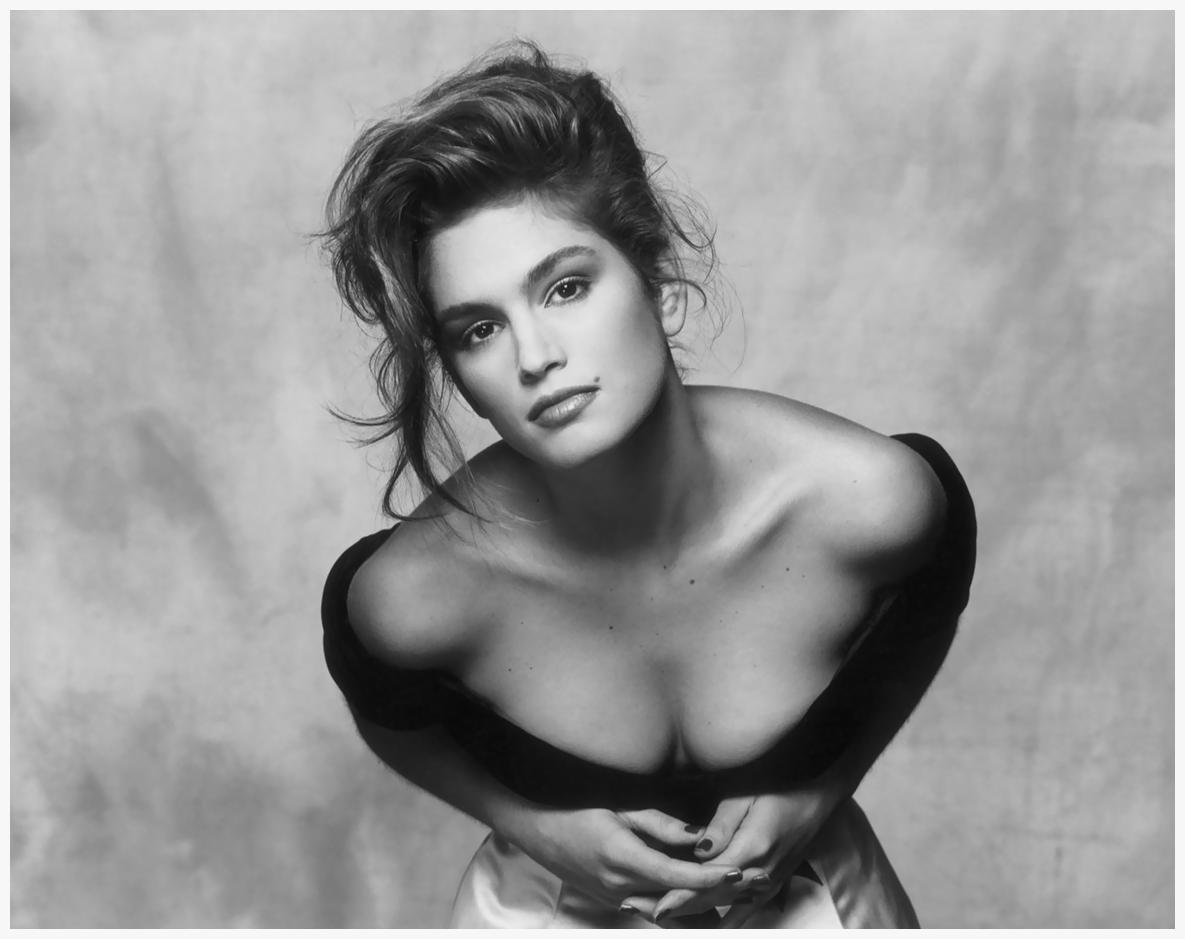 Cindy Crawford na Vogue América (1988) (Foto: Reprodução)