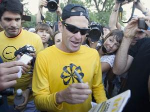 Lista é liderada pelo ciclista americano Lance Armstrong, em foto de 29 de agosto (Foto: Christinne Muschi/Reuters)