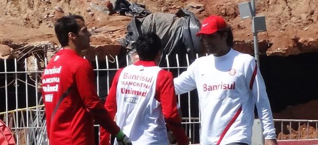 fernandão dátolo confusão expulsão treino inter (Foto: Tomás Hammes/Globoesporte.com)