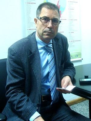 O médico espanhol José Maria Martin, que vai atuar em Cáceres (Foto: Carolina Holland/G1)