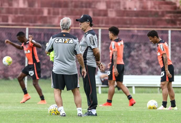 Atlético-MG treinou no CT do Bahia, antes de enfrentar o Vitória, no domingo, em Salvador (Foto: Bruno Cantini)