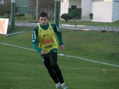 Timbó, lateral-esquerdo do Coritiba (Foto: Gabriel Hamilko / GloboEsporte.com)