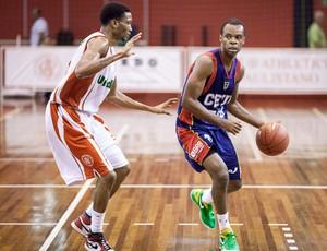 basquete Paulistano x Brasilia (Foto: Allan Conti / Divulgação)