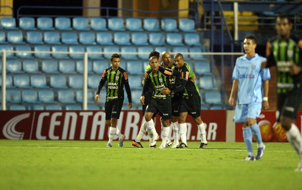 gol América-MG x Avaí (Foto: Cristiano Andujar / Ag. Estado)