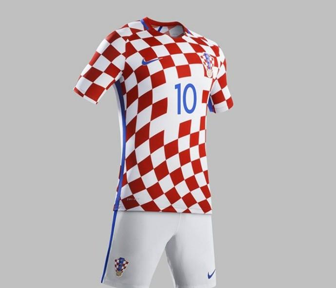 Seleções que disputarão a Eurocopa da França lançam novos uniformes 20da5a594fce8