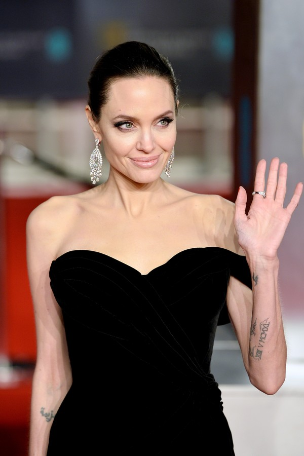 Angelina Jolie no BAFTA (Foto: Getty Images)