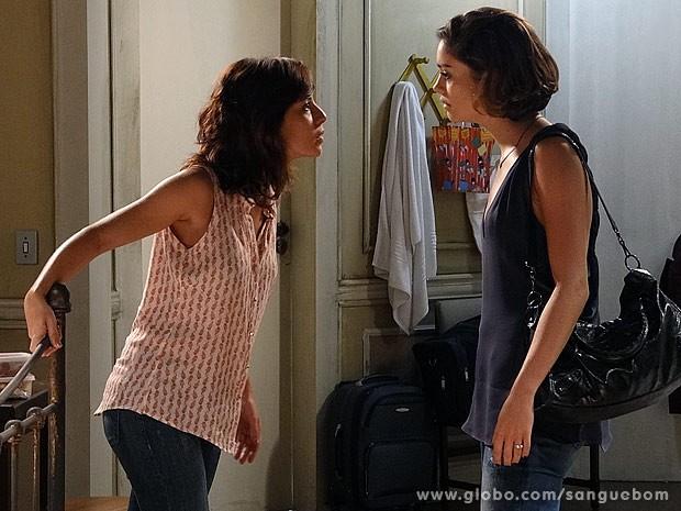 Simone e Amora discutem (Foto: Sangue Bom / TV Globo)