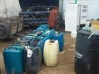 PM descobre fábrica clandestina de combustíveis em Campos, no RJ