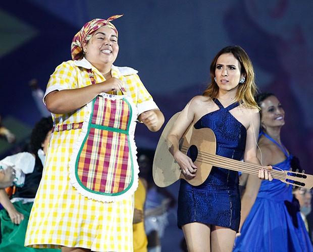 Fabiana Karla e Tatá Werneck tirar gargalhas do público (Foto: Raphael Dias / Gshow)
