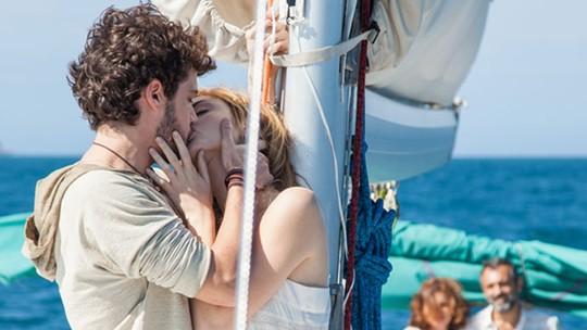 Final de 'Sete Vidas': Júlia e Pedro se rendem à paixão e ficam juntos