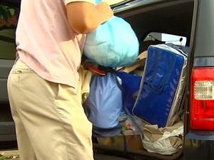 Família 'abandona' casa após sofrer furto e sequestro-relâmpago na mesma noite (Foto: Reprodução / EPTV)