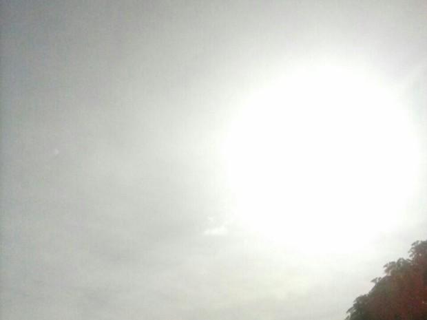 Cinzas do vulcão chileno chegaram ao RS (Foto: Giane Cunha/RBS TV Bagé)