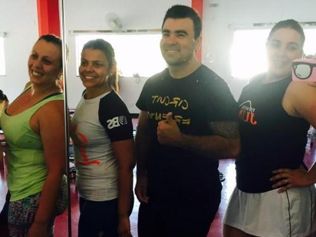 Grupo do 'Bolão do Verão' (da esq. para dir.): Glaucia, Priscila, Alexandre e Driéli (Foto: Arquivo Pessoal/ Driéli dos Santos)