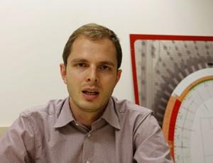 Hélio Giaretta, engenheiro que trabalha nas obras do Beira-Rio (Foto: Diego Guichard/GLOBOESPORTE.COM)