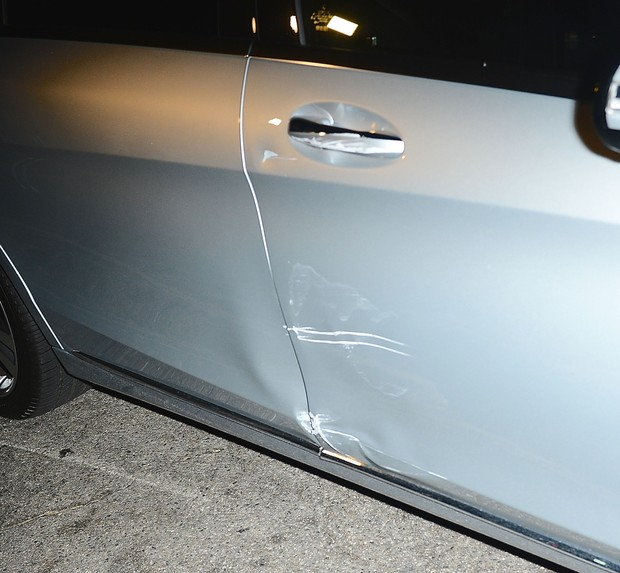 X17 - Carro de Jennifer Aniston (Foto: X17 / Agência)