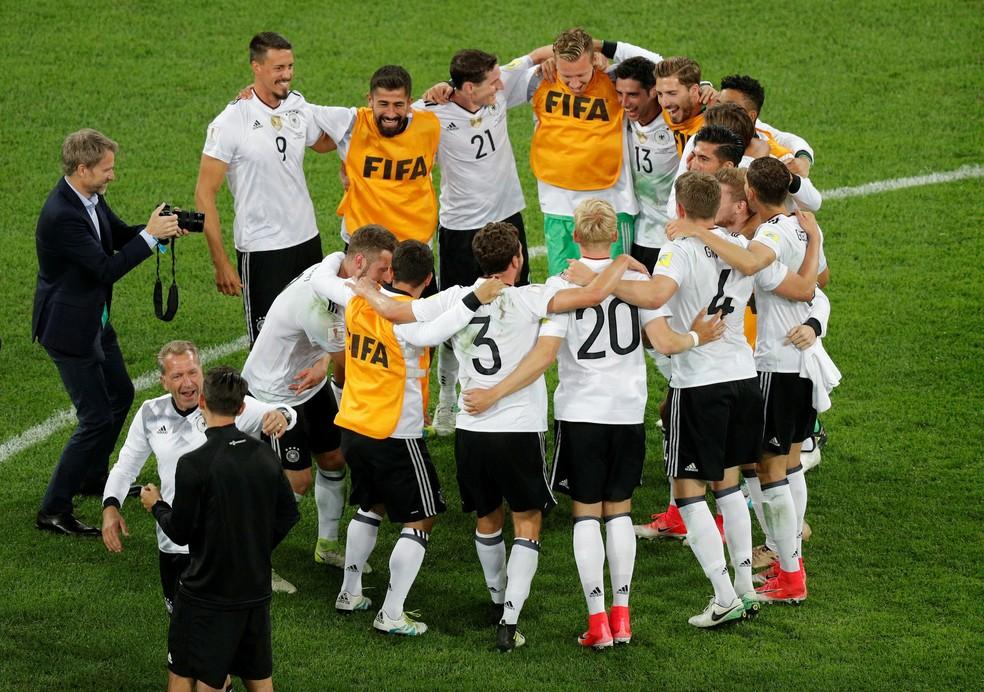 A Alemanha volta a liderar o ranking da Fifa (Foto: REUTERS/Maxim Shemetov)