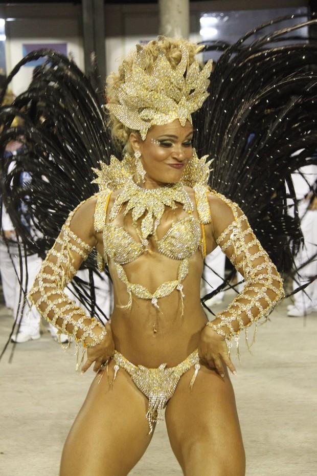 Bianca Salgueiro no Rio (Foto: Marcos Ferreira/Fotorio News)