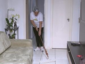 Mariana montou empresa que fornece empregada doméstica a clientes (Foto: Reprodução/ TV TEM)