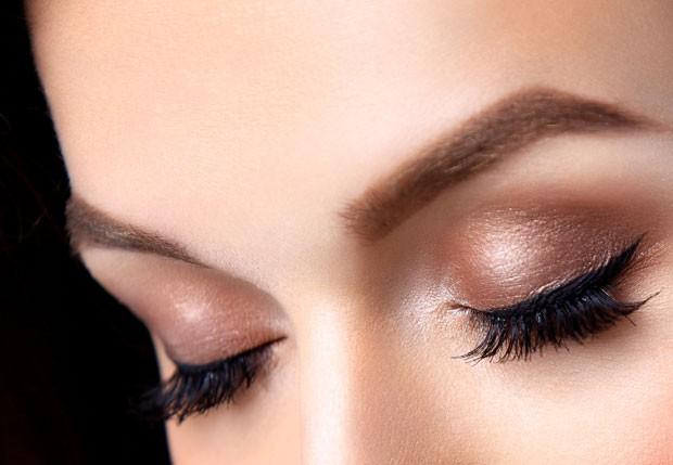 A coloração é indicada para quem tem os cílios muito claros ou para dar brilho (Foto: Thinkstock)