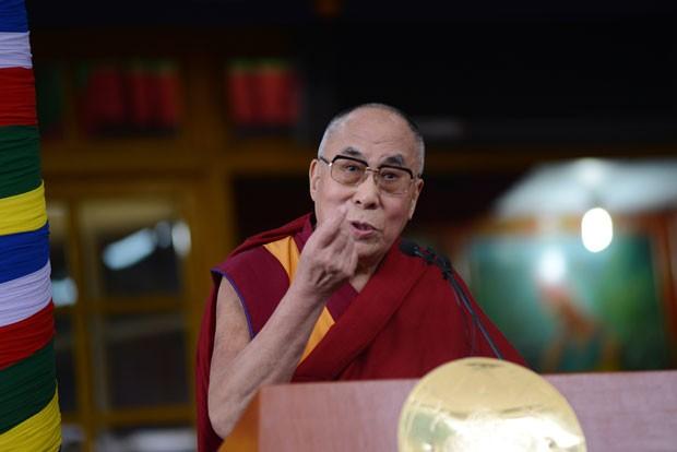 O Dalai Lama fala durante evento nesta quinta-feira (2) no norte da Índia (Foto: Lobsang Wangyal/AFP)
