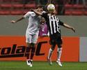 Henrique reclama de refletor em gol do Atlético-MG e Osvaldo elogia Victor