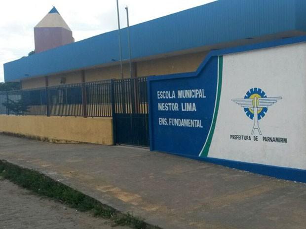Escola Municipal Nestor Lima também foi arrombada neste fim de semana (Foto: Marksuel Figueredo/Inter TV Cabugi)