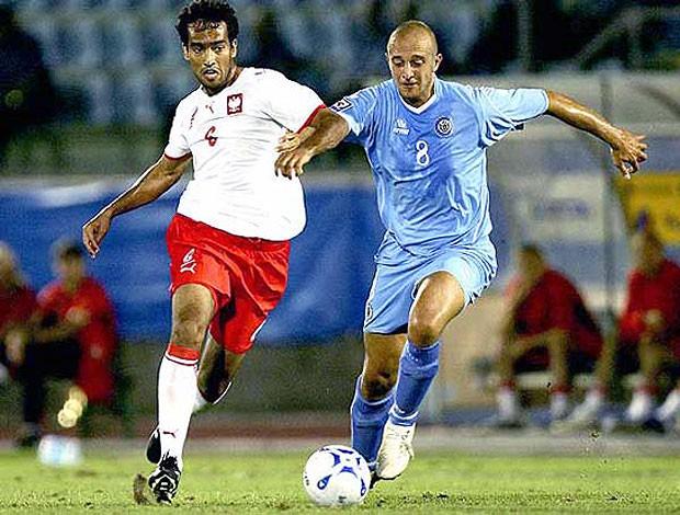 Roger Guerreiro atuando pela seleção da Polônia (Foto: Divulgação / Site Oficial)