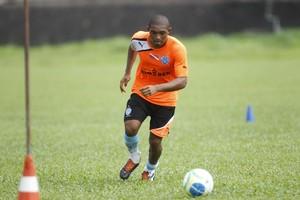 Autor do gol da vitória diante do Salgueiro, Djalma é um dos desfalques do Paysandu (Foto: Akira Onuma/O Liberal)