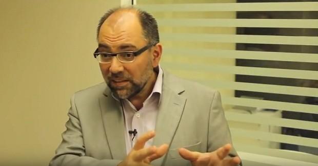 Ricardo Henriques, do Instituto Itaú Unibanco (Foto: Reprodução/ YouTube/Instituto Itaú Unibanco)