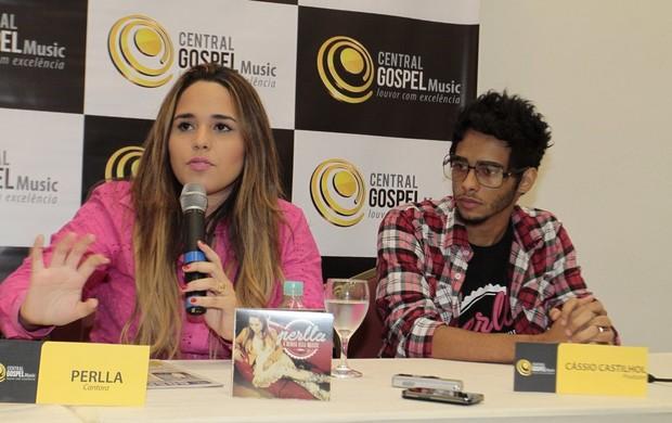 Perlla na coletiva de imprensa (Foto: Isac Luz / EGO)