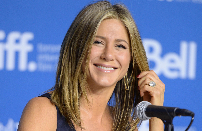 """A atriz de 'Friends' Jennifer Aniston foi deixada por John Mayer por uma mensagem que dizia """"é isto – o fim"""". Curto e grosso. (Foto: Getty Images)"""