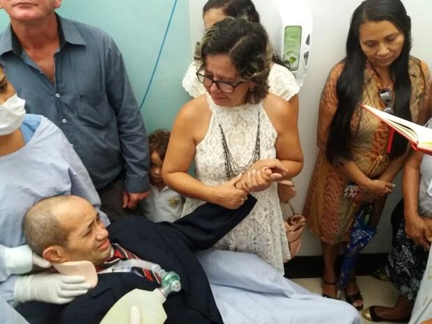 Casal comemorou 30 anos de casado em UTI e reafirmou votos (Foto: Arquivo Pessoal)